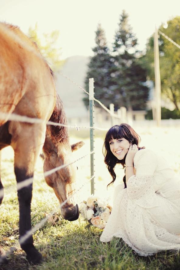 pine_tree_rustic_bridal_1006