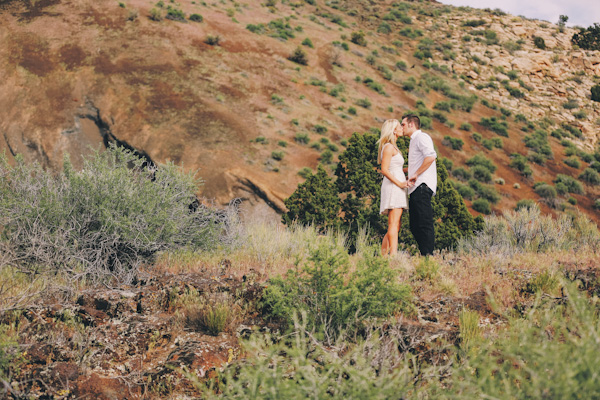 snow-canyon-sand-engagement-pics-7331
