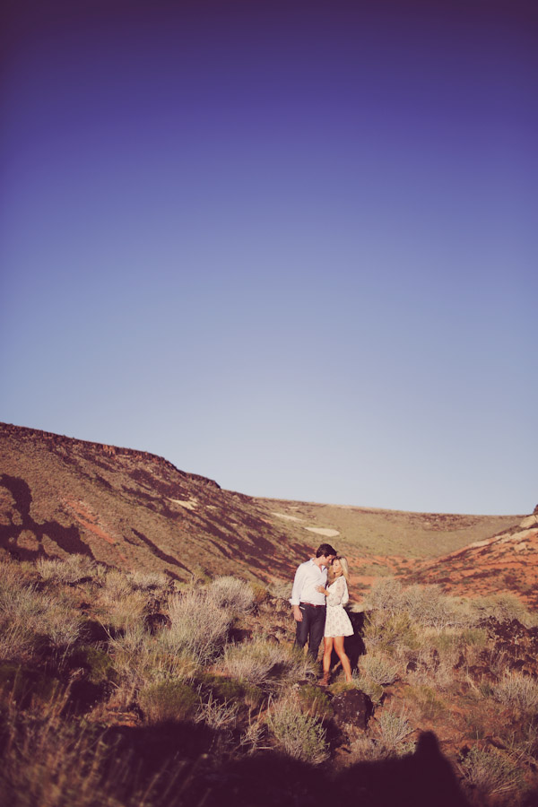 utah-canyon-desert-engagement-photo-7362