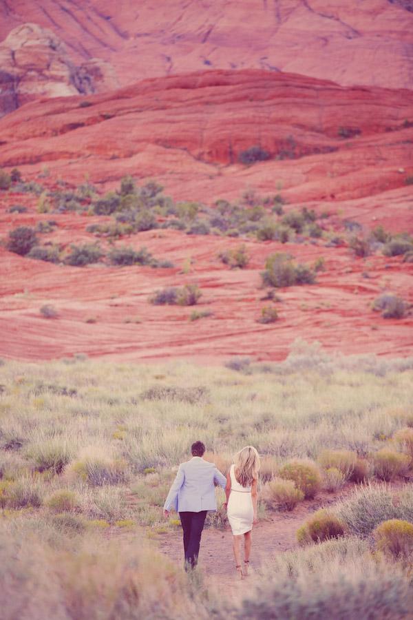 utah-canyon-desert-engagement-photo-7364