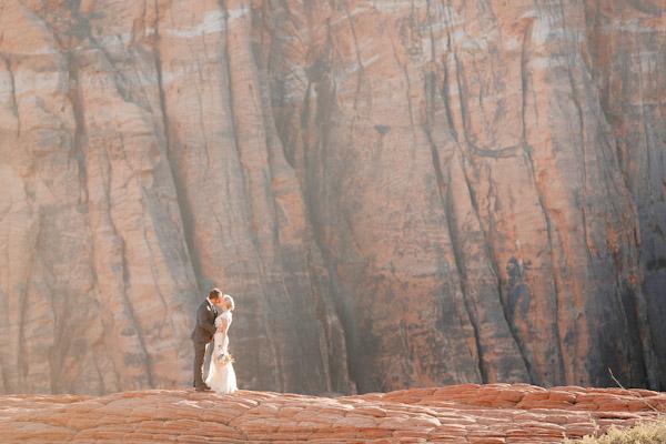 snow-canyon-utah-bridal-photos-2781