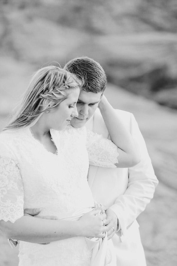 southern-utah-fireman-bridal-photos-2874