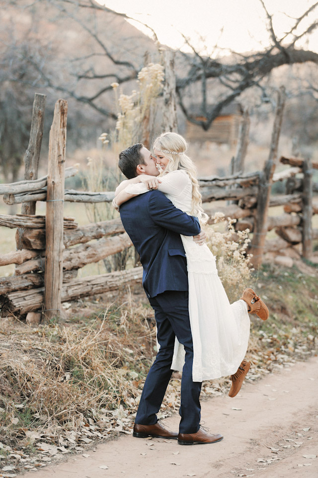 grafton-ghost-town-wedding-photos-4152
