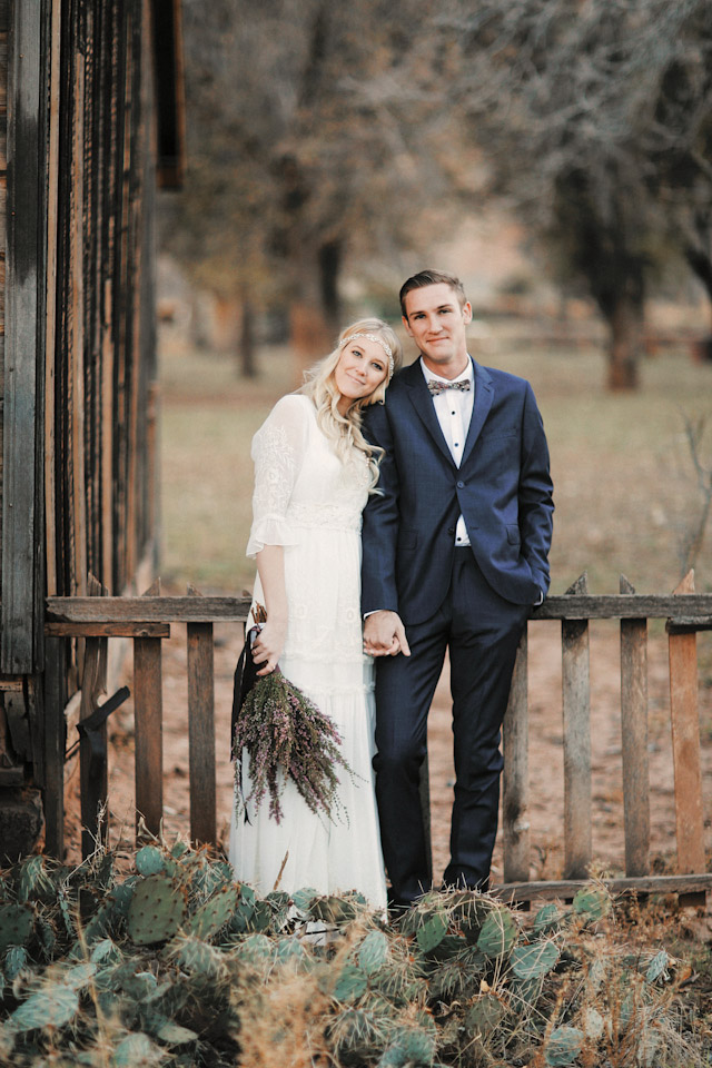 grafton-ghost-town-wedding-photos-4159