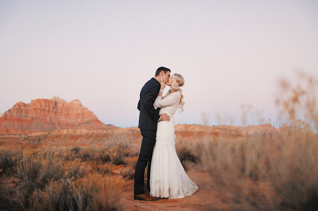 grafton-ghost-town-wedding-photos-4179