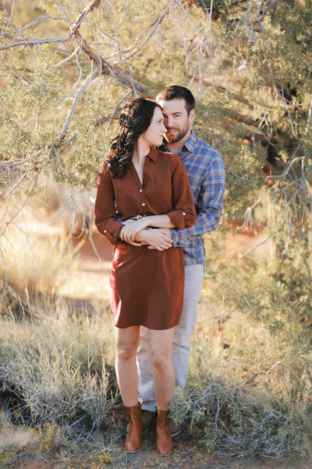 lava-rock-red-rock-utah-engagement-photos-4367