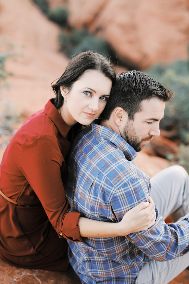lava-rock-red-rock-utah-engagement-photos-4379