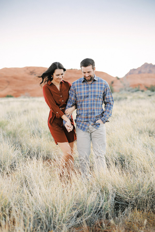 lava-rock-red-rock-utah-engagement-photos-4388