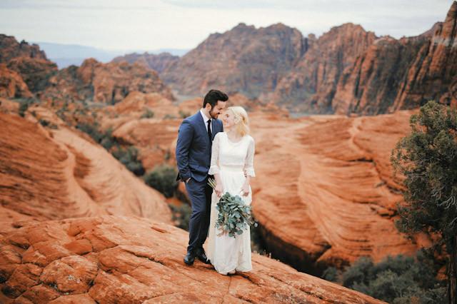 moss-redrock-desert-bridal-amazing-0802