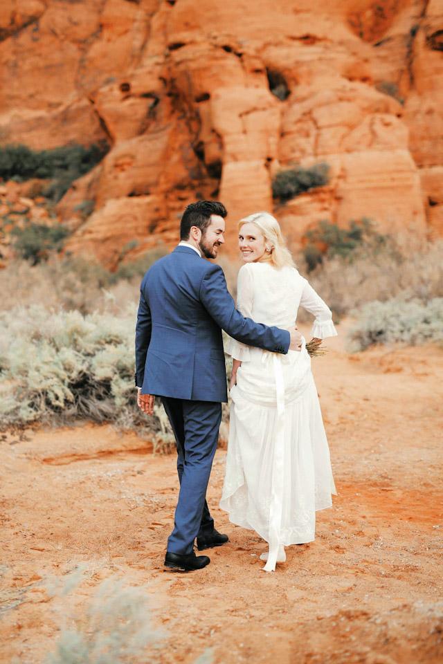moss-redrock-desert-bridal-amazing-0804