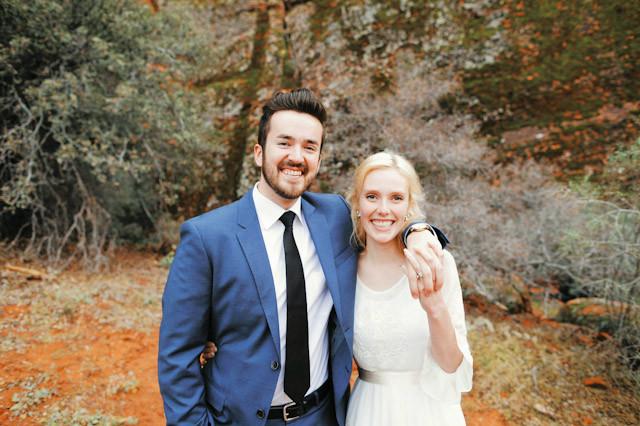 moss-redrock-desert-bridal-amazing-0807