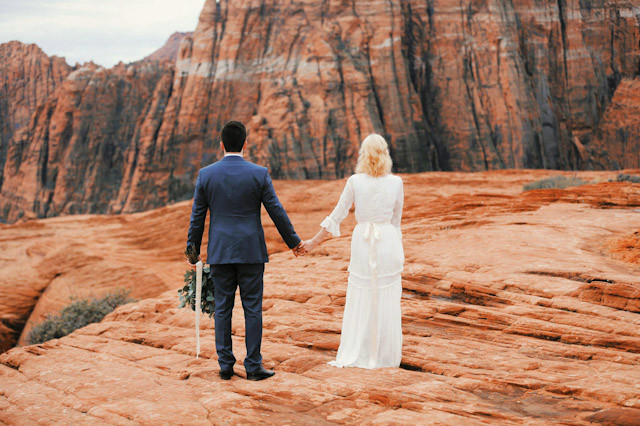 moss-redrock-desert-bridal-amazing-0808