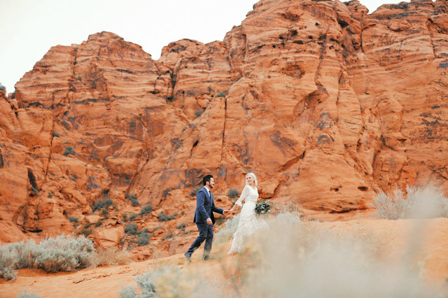 moss-redrock-desert-bridal-amazing-0813