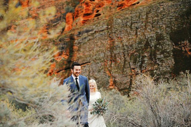 moss-redrock-desert-bridal-amazing-0815
