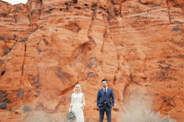 moss-redrock-desert-bridal-amazing-0820
