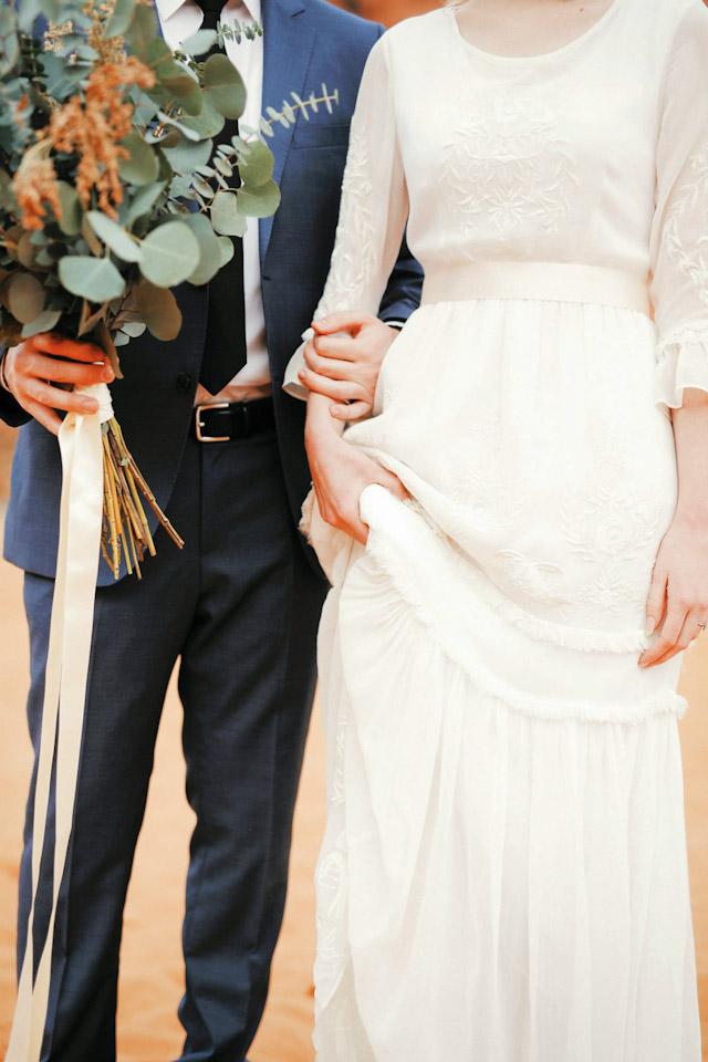 moss-redrock-desert-bridal-amazing-0825