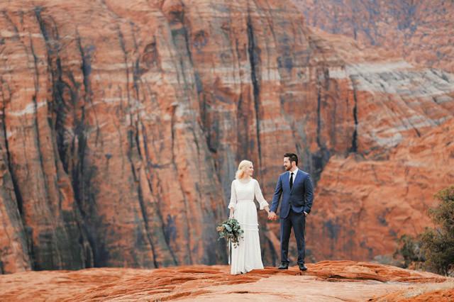 moss-redrock-desert-bridal-amazing-0827