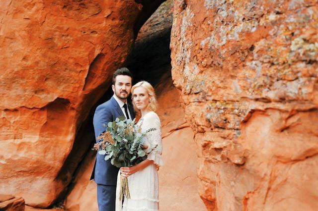 moss-redrock-desert-bridal-amazing-0832