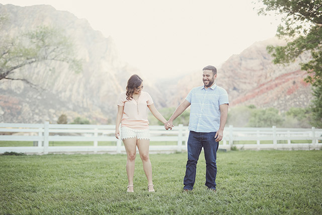 spring-mountain-ranch-engagement-photos-6120