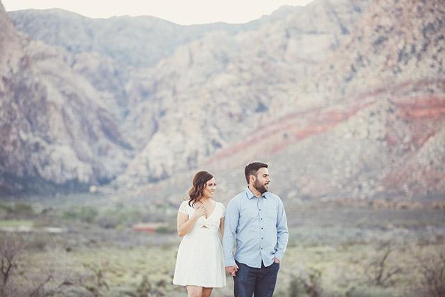 spring-mountain-ranch-engagement-photos-6136
