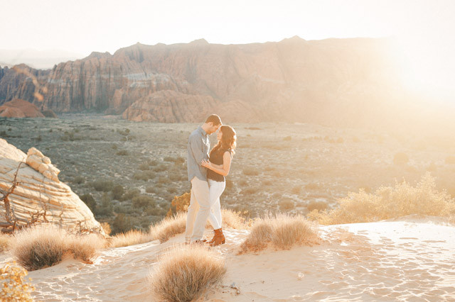 white-rocks-snow-canyon-engagement-photos-1401