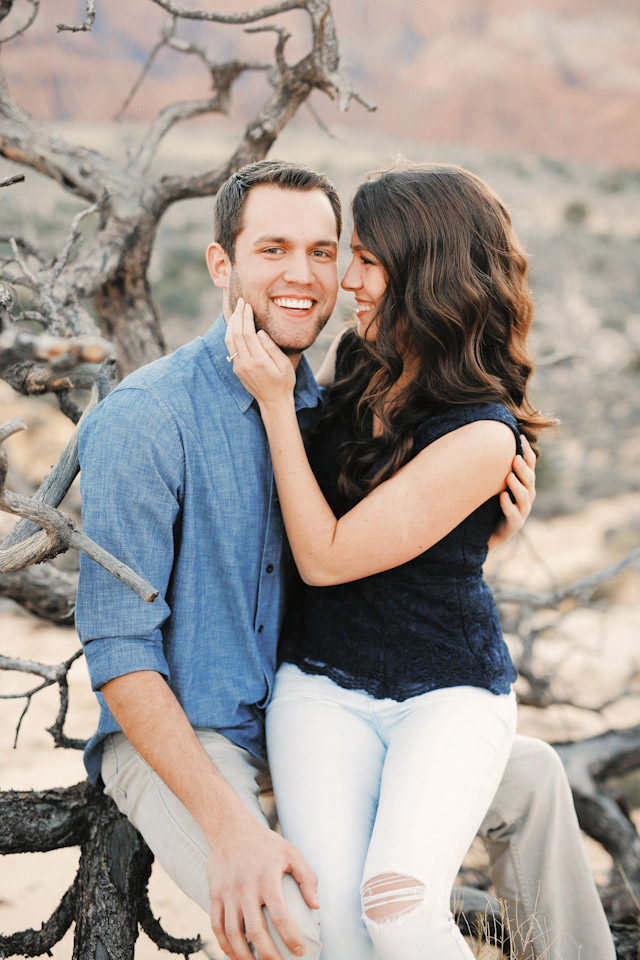 white-rocks-snow-canyon-engagement-photos-1406
