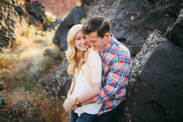 red-rock-wedding-utah-engagement-photos-1572