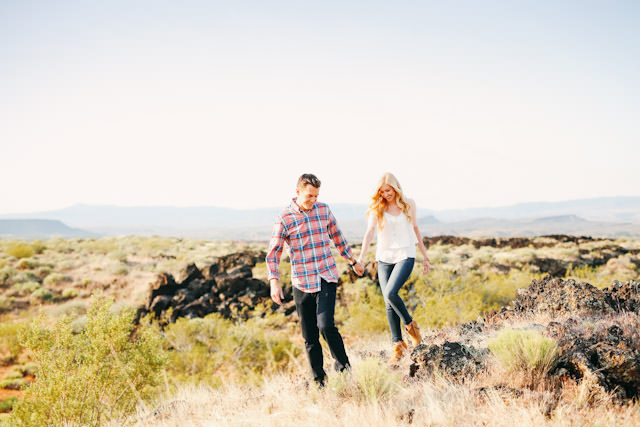 red-rock-wedding-utah-engagement-photos-1578