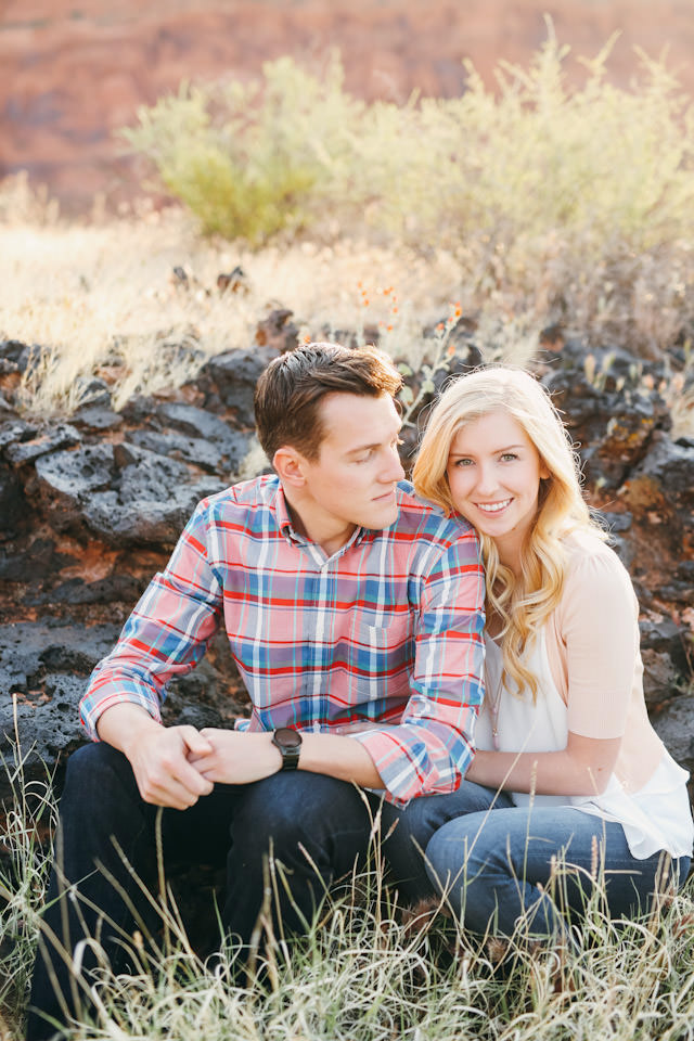 red-rock-wedding-utah-engagement-photos-1580