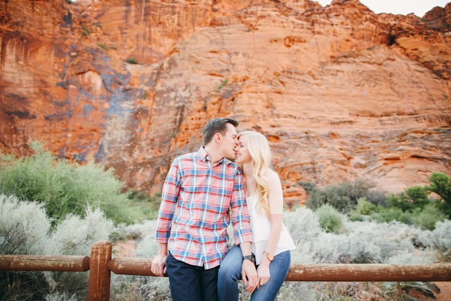 red-rock-wedding-utah-engagement-photos-1585