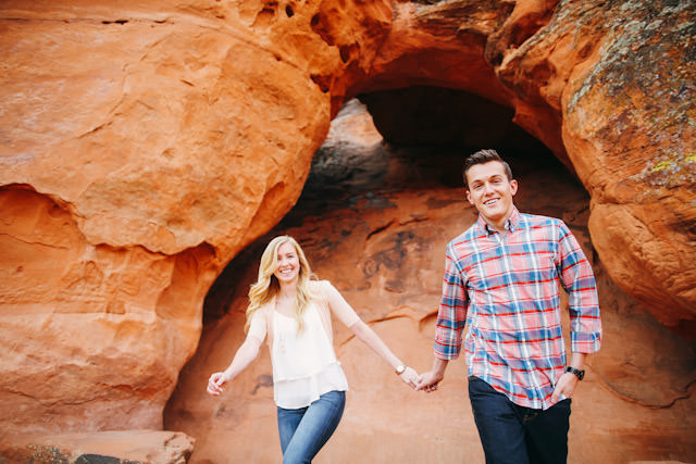 red-rock-wedding-utah-engagement-photos-1596