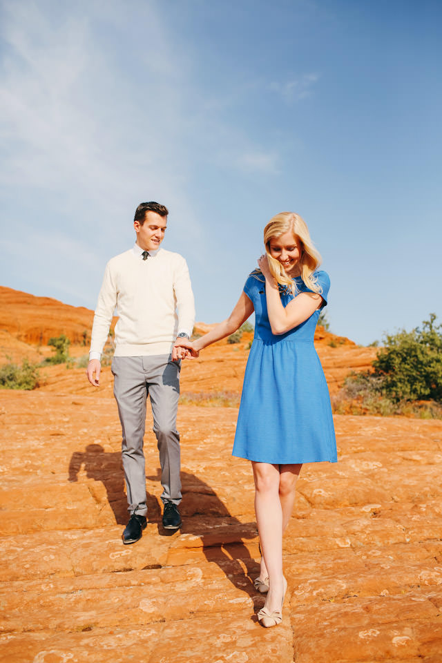 red-rock-wedding-utah-engagement-photos-1601