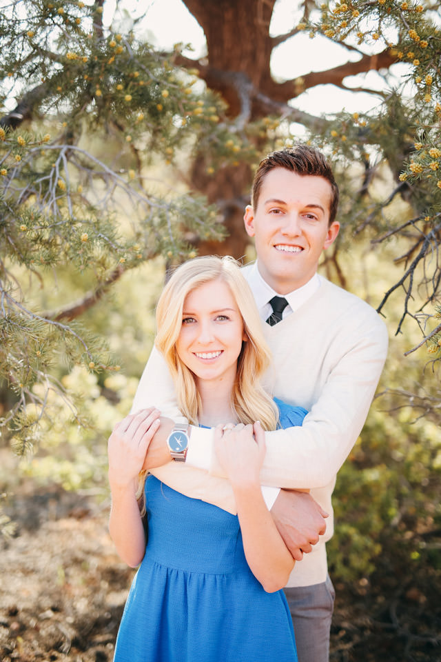 red-rock-wedding-utah-engagement-photos-1604
