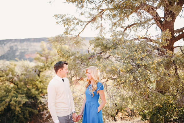 red-rock-wedding-utah-engagement-photos-1608