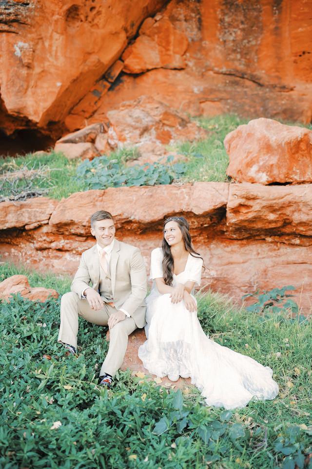 red-rock9114-golf-course-wedding-photos-