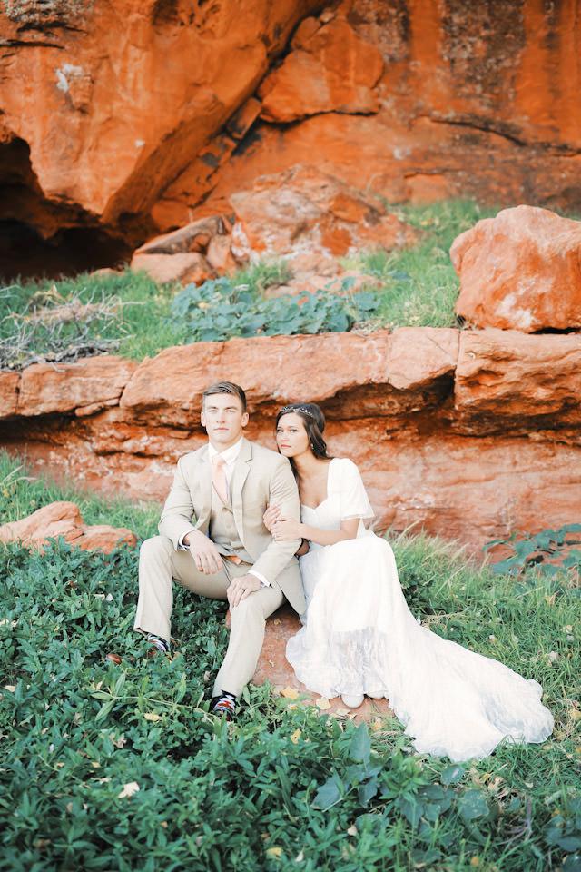 red-rock9116-golf-course-wedding-photos-