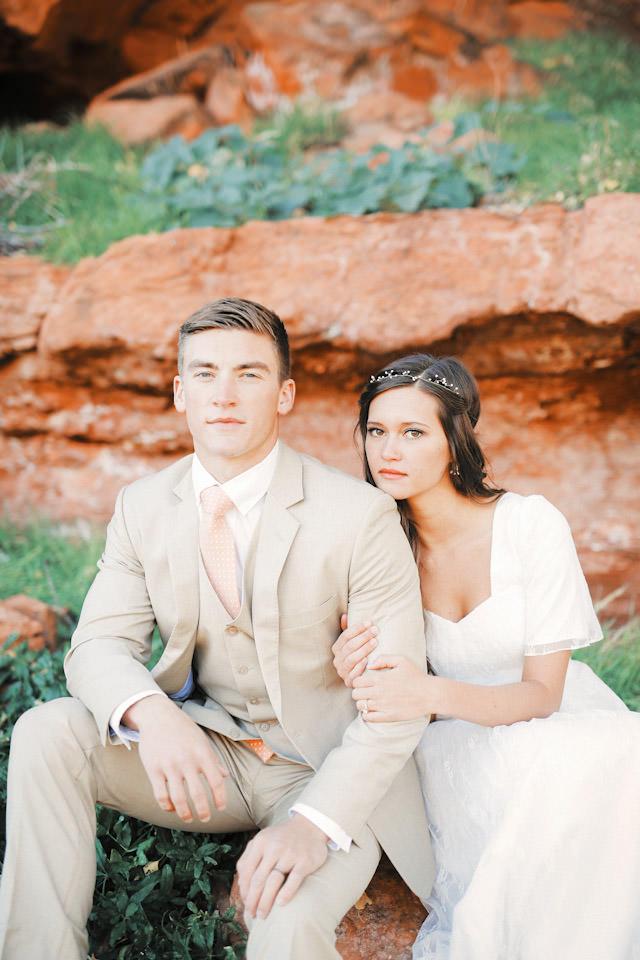 red-rock9117-golf-course-wedding-photos-