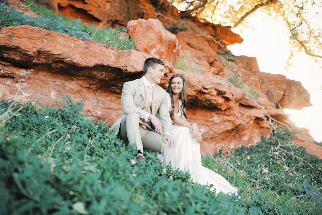 red-rock9121-golf-course-wedding-photos-