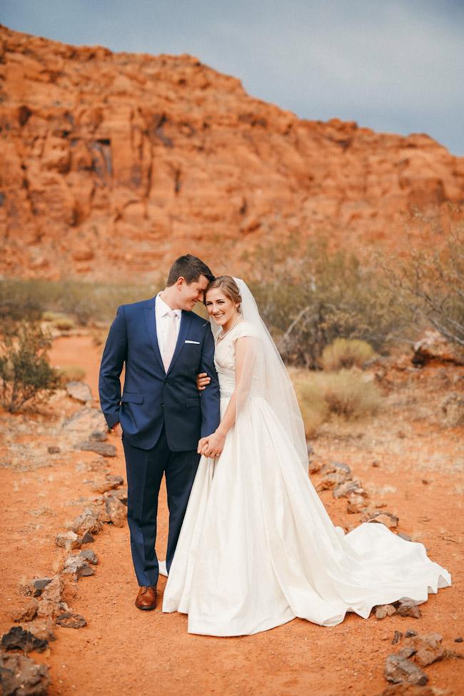 snow-canyon-lava-bridal-photos-9139
