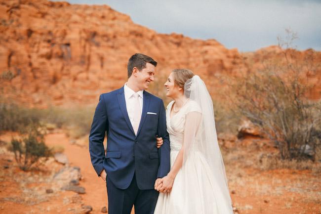 snow-canyon-lava-bridal-photos-9140