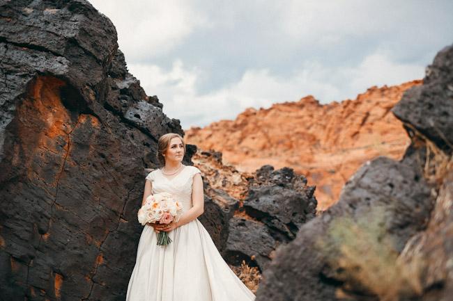 snow-canyon-lava-bridal-photos-9143