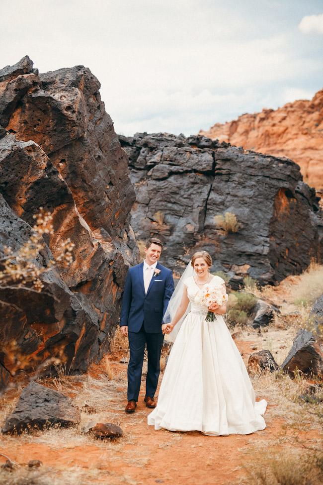 snow-canyon-lava-bridal-photos-9150
