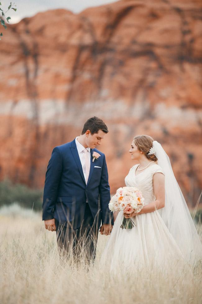 snow-canyon-lava-bridal-photos-9160