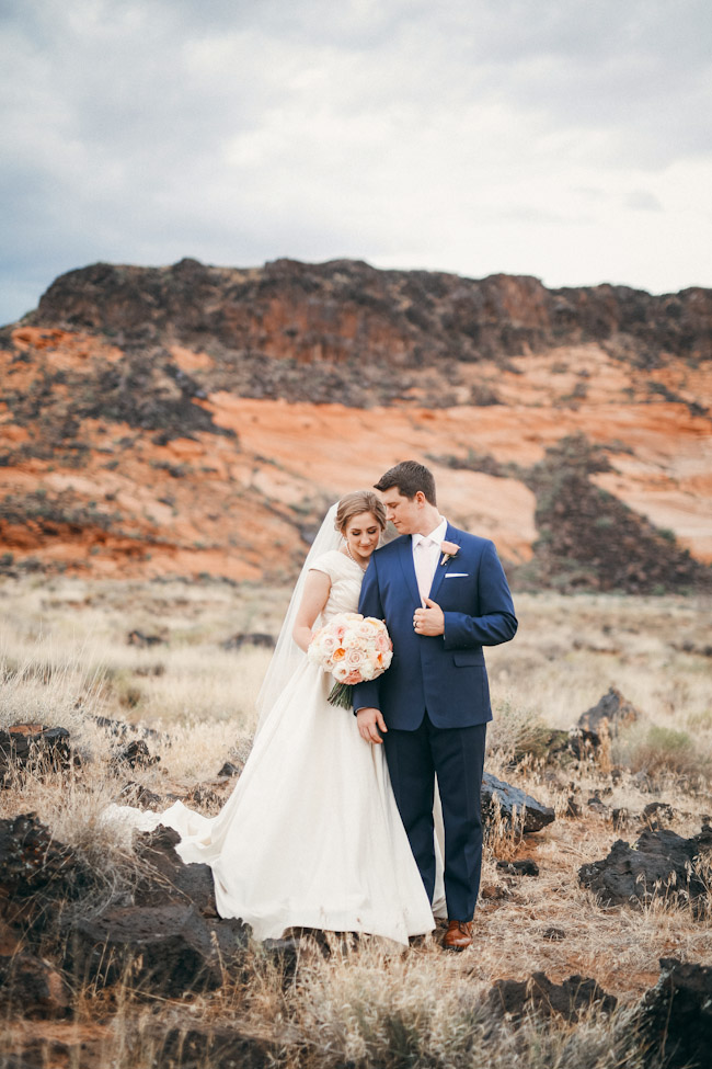snow-canyon-lava-bridal-photos-9172