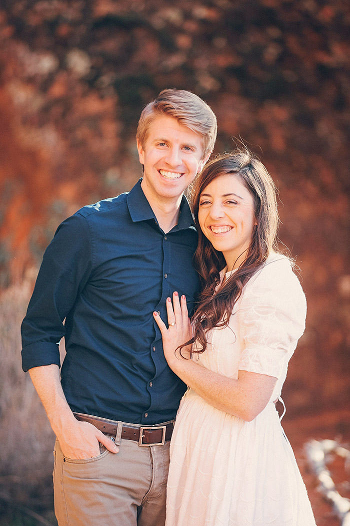 snow-canyon-cliffs-engagement-photos-0968