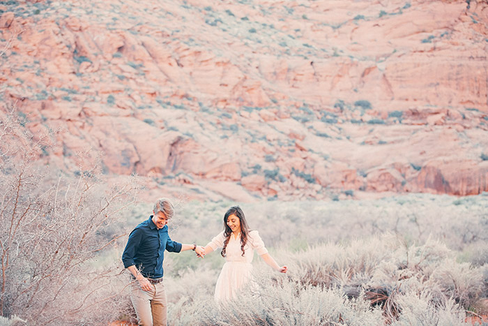snow-canyon-cliffs-engagement-photos-0969