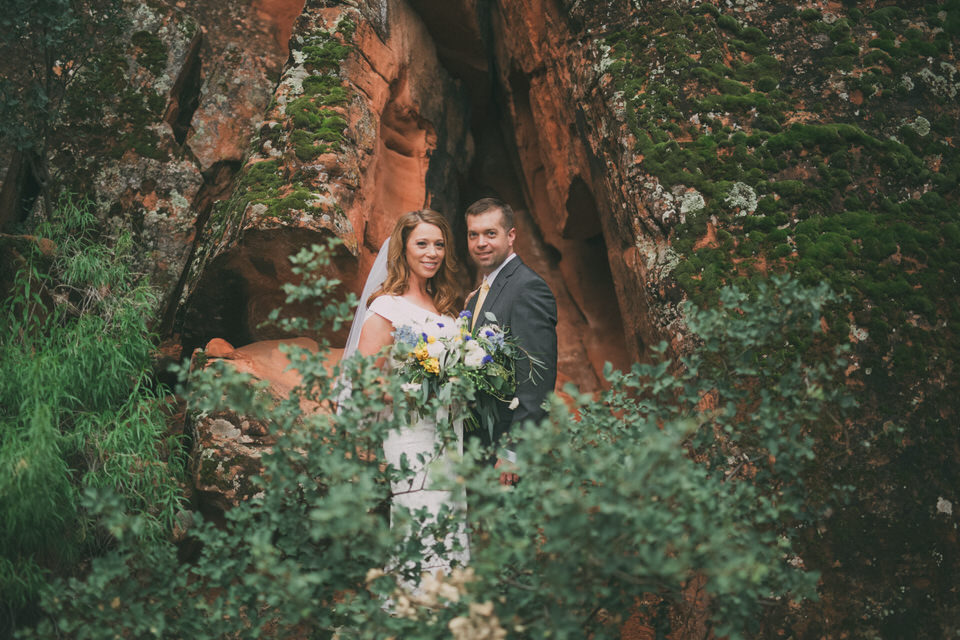 snow-canyon-rainy-wedding-photos-8407
