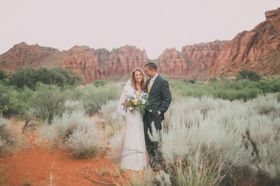snow-canyon-rainy-wedding-photos-8409