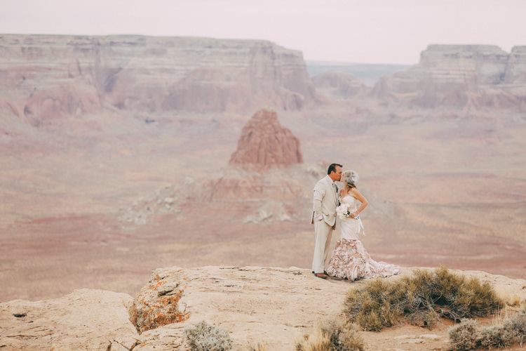 tower-butte-lake-powell-wedding-8441