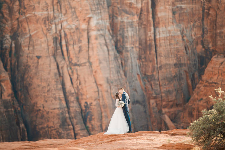snow-canyon-overlook-wedding-8812